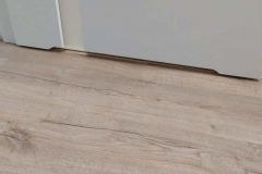 Podciecie lazienkowe na drzwiach przeszklonych