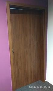 Drzwi biurowe z kontrolą dostępu